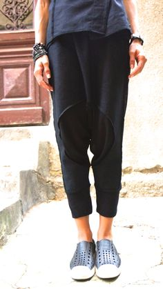NEW SS/15 Loose Casual  Black Drop Crotch Linen Knit Harem Pants / Extravagant Black Pants by AAKASHA_A05167 by Aakasha on Etsy https://www.etsy.com/listing/220348797/new-ss15-loose-casual-black-drop-crotch