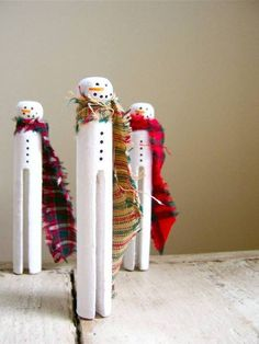 snowmen on old fashioned clothes pins