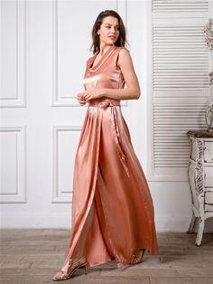 Fashionable mood (bonus) Picture Source, Glamorous Dresses, Glamour, Formal Dresses, Fashion, Gowns, Dresses For Formal, Moda, Formal Gowns