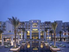 The Mangroves Hotel & Spa in Abu Dhabi is the perfect contrast to the hustle and bustle of the city...