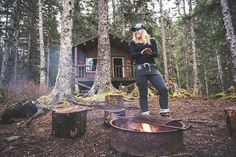Summer camping trips are asking for a comfy set of joggers perfect for chopping wood curling up by the fire and breathing in that fresh forest air. The perfect pant for your most relaxed weekend in the wild. @scottdickerson @oftheseamarin #aksalmonsisters #wildandfree #joggers #getoutside #wildpeopleforwildplaces