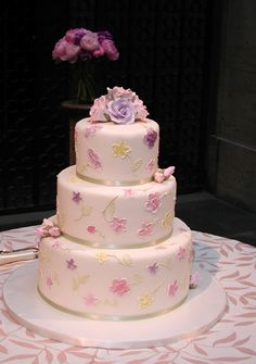 Pastel Pale Shades Elegant Cake Design Cakes Wedding Brush Embroidery