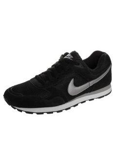 Der absolute Trend-Sneaker. Nike Sportswear MD RUNNER - Sneaker - black/metallic silver/white für 64,95 € (01.10.14) versandkostenfrei bei Zalando bestellen.