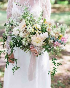 Spring wedding bouquets that are insanely stunning brides spring wedding flowers Spring Wedding Bouquets, Cheap Wedding Flowers, Flower Bouquet Wedding, Bridesmaid Bouquet, Spring Weddings, Bridal Bouquets, Wedding Dresses, Spring Wedding Flower Inspiration, Eucalyptus Wedding