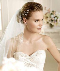 MUSELINA » Wedding Dresses » 2013 Fashion Collection » La Sposa (close up)