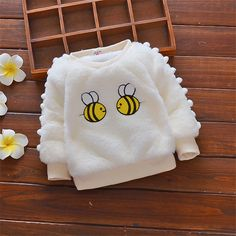 Baby / Toddler Bee Embroidery Pompon Sweater