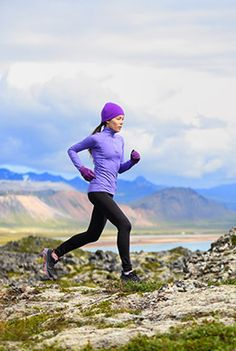 Em vez de estabelecer objetivos irrealistas para este ano, porque não fazer umas simples alterações ao seu estilo de vida que poderão contribuir para um 2016 mais saudável e feliz? Aqui estão 10 resoluções que valem a pena fazer e cumprir.