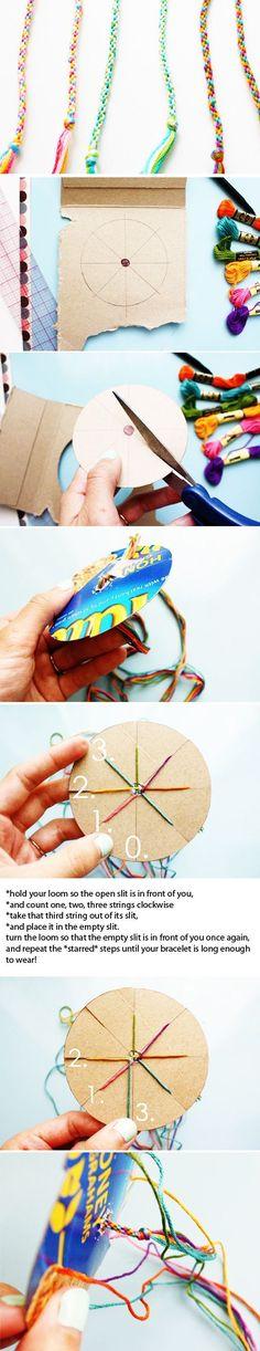 7 strings, circle template woven friendship bracelet by Superduper Friendship Bracelets Tutorial, Friendship Bracelet Patterns, Bracelet Tutorial, Diy Bracelet, Bracelet Charms, Simple Friendship Bracelets, Macrame Tutorial, Macrame Bracelets, Pandora Bracelets