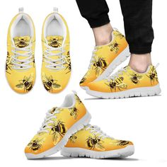 The most awesome and unique shoes and socks only available on this store. Yellow Clothes, Bee Jewelry, Cute Bee, Bee Design, Yellow Fashion, Painted Shoes, Bee Keeping, Top Shoes, Casual Shoes