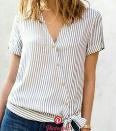 Related posts: Sewing clothes refashion ideas old sweater 55 ideas for 2019 New Sewing Clothes Lace Shirts 64 Ideas Trendy Sewing Hacks Ideas T Shirts 67 Ideas cosiendo ropa camisas de invierno Sewing Blouses, Sewing Shirts, Blouse Styles, Blouse Designs, Shirt Refashion, Clothes Refashion, Refashioned Clothes, Umgestaltete Shirts, Diy Fashion