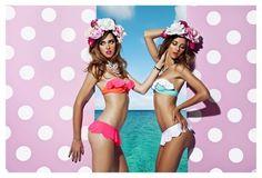 Chiara Ferragni e Candela Novembre per JE M'EN FOUS. #costumi, #moda,  #colore