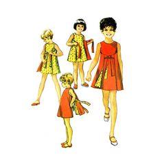 1970s Girls Reversible Dress Simplicity 8817 Vintage Sewing Pattern