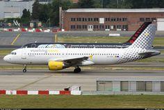 EC-KDX Vueling Airbus A320-216