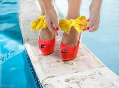 Yellow Lace Heel Condom