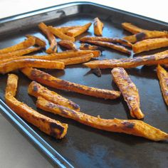 Spicy Sweet Potato Fries /by Vegan Yumminess #vegan #recipe