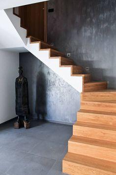 Holl: styl Nowoczesny, w kategorii Korytarz, przedpokój i schody zaprojektowany przez Level Interior Tomasz Tarasewicz Great Rooms, Stairs, Wall Decorations, Living Room, Room Ideas, House, Home Decor, Life, Block Prints
