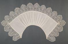 Collar, linen and bobbin lace, c. 1620. Possibly Italian.