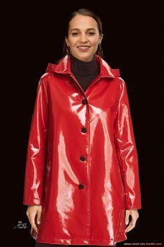 Vinyl Raincoat, Pvc Raincoat, Plastic Raincoat, Holographic Raincoat, Coloured Leather Jacket, Cool Outfits, Fashion Outfits, Pvc Coat, Raincoats For Women