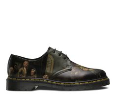 This season, Dr Martens have collaborated with SIr John Soane's Museum on Hogarth's most famous series 'A Rakes Progress' to create a unique collection. Made with Softy T Leather, the 1461 depicts scenes across the quarter panels and toe areas.