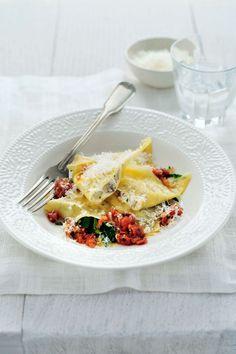 """Het lekkerste recept voor """"Ravioli met aubergines en ricotta"""" vind je bij njam! Ontdek nu meer dan duizenden smakelijke njam!-recepten voor alledaags kookplezier!"""