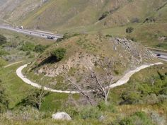 Deadman's Curve on the Ridge Route. Concrete dates to 1919 and was the first to be poured in Grapevine Canyon. Ventura California, California History, Northern California, San Joaquin Valley, San Luis Obispo County, Historical Landmarks, Forest Service, Cover Photos, Grape Vines
