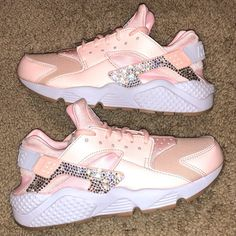crystal Nike Huarache Bling Shoes with Swarovski Crystals Women s Running  Shoes Sunset Tint Huaraches Shoes f14f30fcd