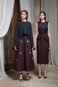 Skirt and Dress with Crossed Ribbon Embellishment (Masterpeace x J. Modest Fashion, Hijab Fashion, Fashion Dresses, Fashion Brands, Fashion Show, Fashion Looks, Hijab Style, Royal Clothing, Fashion Details