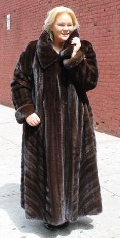 Knit Mink Fur Poncho Mahogany Demi Pastel 22277 Image | Men&39s Fur