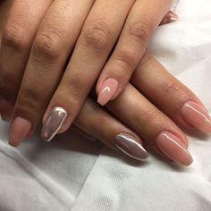 Nagelmodellage mit Aufbau Make Up Gel und mit Chrome Pigment Silver #Instagram #Nailstagram #Nails #Nageldesign #Nailart #Naildesign #Chromenails #Nailartclub #manicure #video #tutoral #videos #loveit #diy #colorful #love #lovely #creative #inspiration #Makeup #beauty #kosmetik #naillove #nailstudio #Nailfan #Gelnails #instanails #schönenägel