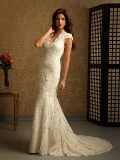 If my dress has sleeves, I'd want them just like this. Not sure I could pull off the rest of the tight fitting dress though!