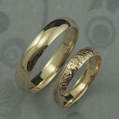 Yellow Gold Wedding Band SetComfort Fit Band and Floral