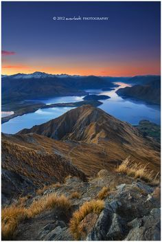 Endless lakes / Wanaka, New Zealand
