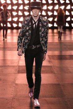 Saint Laurent - Spring 2015 Menswear - Look 27 of 68 Men Fashion Show, Mens Fashion, Fashion 2015, Dedicated Follower Of Fashion, Mens Trends, Rocker Style, Saint Laurent Paris, Sartorialist, Stylish Men