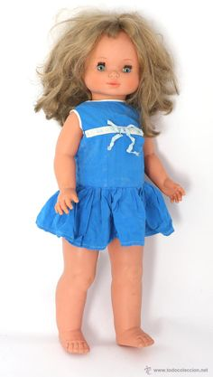 Muñeca de Famosa andadora. gran tamaño, ver fotos