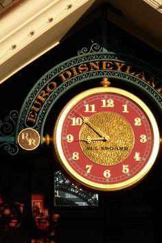 Disneyland Railroad Main Street Station