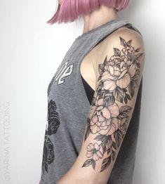 "3,189 curtidas, 15 comentários - Yarina Tattoo artist (@yarina.tattooing) no Instagram: "" . . Done in @darumaworkshop. . #yarina_chaplinskaya #darumaworkshop #equilattera #iblackwork…"""
