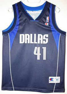 Champion NBA Basketball Dallas Mavericks #41 Dirk Nowitzki Trikot/Jersey Size 36 - Größe XS - 69,90€ #nba #basketball #trikot #jersey #ebay #etsy #hood #sport #fitness #fanartikel #merchandise #usa #america #fashion #mode #collectable #memorabilia #allbigeverything