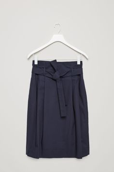 COS image 2 of Waist pleated skirt in Navy