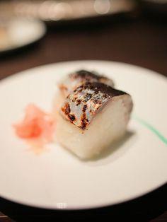 Aburi sushi (炙り寿司,roasted sushi)
