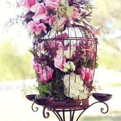 absolutely stunning floral arrangement idea