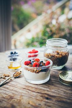 """lotsofinspiringfood: """"Granola once again. With tahina and treacle made of grapes 