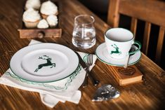 Modern staged or traditional with wood and alpine flair - our green deer feels at home everywhere ceramic # green deer # stag Deer, Modern, Ceramics, Tableware, White Ceramics, Traditional, Dishes, Rustic, Handarbeit