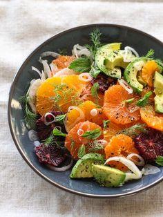 Citrus Hinojo y ensalada de aguacate