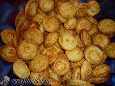 Érdekel a receptje? Kattints a képre! Küldte: Bagyinszkine Molnar Eva Snack Recipes, Snacks, Pretzel Bites, Sprouts, Muffin, Chips, Potatoes, Bread, Vegetables