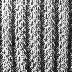 Knitting Pattern Square No. 48, Volume 34 | Purple Kitty