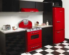 nostalgic kitchen | Retro Style Charm in your Kitchen: Red Retro Kitchen – OHUA88