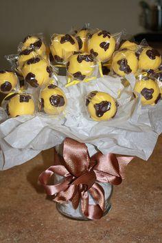 Giraffe Cake Pop Bouquet