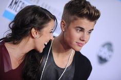 justin and his mommy <3
