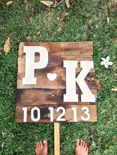 #diy wedding sign from recycled wood