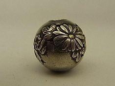 japanese sagamono | Japanese Netsuke & Sagemono - Oriental Treasure Box